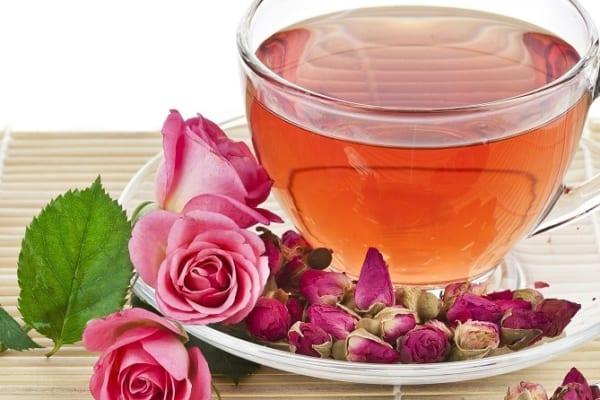 Tác dụng của trà thảo mộc hoa hồng đối với sức khỏe