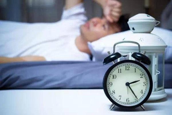 tình trạng khó ngủ