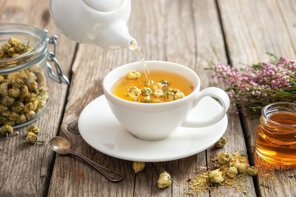 trà hoa cúc uống lúc nào